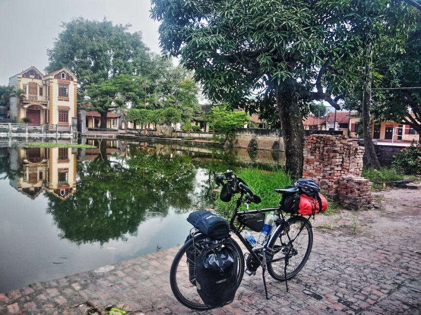 A bicycle tour just north of Hanoi