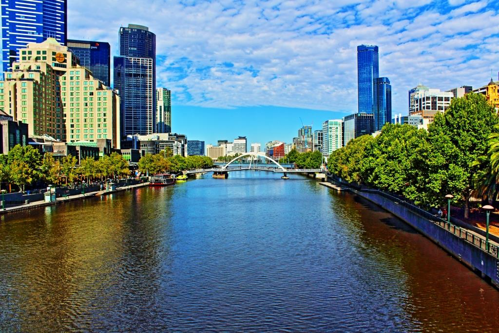 A lovely day for a walk along the Yarra River